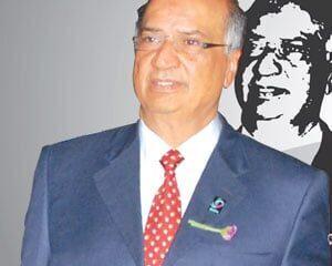 Naushad Merali Net Worth
