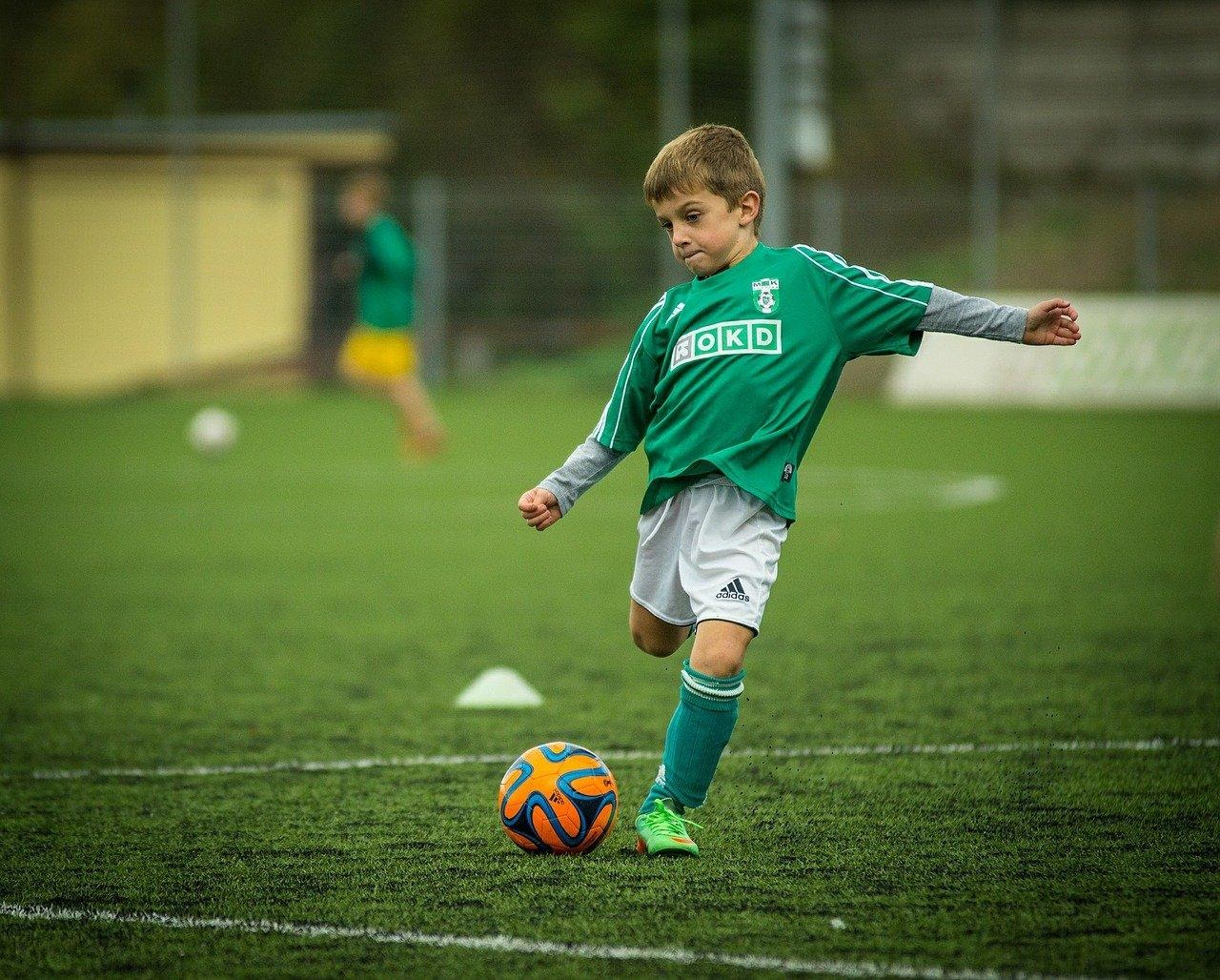 What School and University Team Sports are Best for Teenage Development?